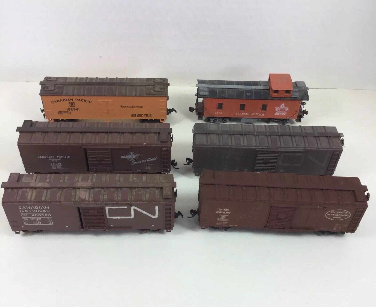 HO Scale Canadian National Cargo Caboose Boxcar Refrigerator Train Cars Lot 6