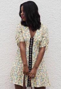 Topshop-Floral-Hook-and-Eye-Mini-Dress-Yellow-UK10-EU38-US6