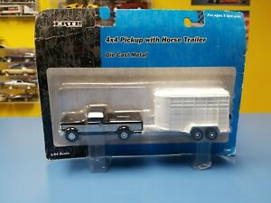 ERTL-RC2-BLACK-amp-SILVER-4X4-PICKUP-W-HORSE-TRAILER-TRAILER-034-NEW-034