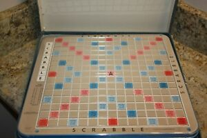 Scrabble-Deluxe-Edition-Turntable-Crossword-Board-Game-Blue-Box-copyright-1966