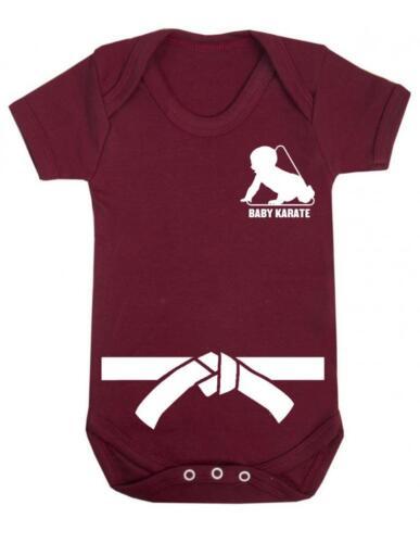 "Baby play costume /""baby karaté blanc avec ceinture/"" karaté baby forte de bab-baby grow"