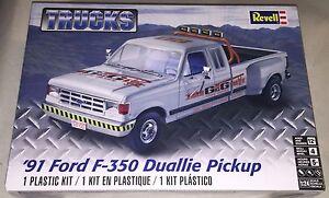 Revell-039-91-Ford-F-350-Duallie-Pickup-Truck-1-24-Plastic-Model-Car-Kit-New-4376