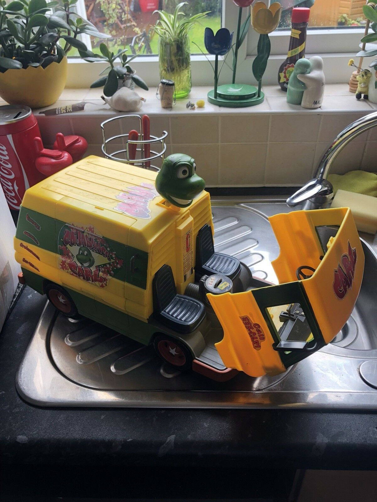 Party Wagon. teenage mutant ninja turtle figures