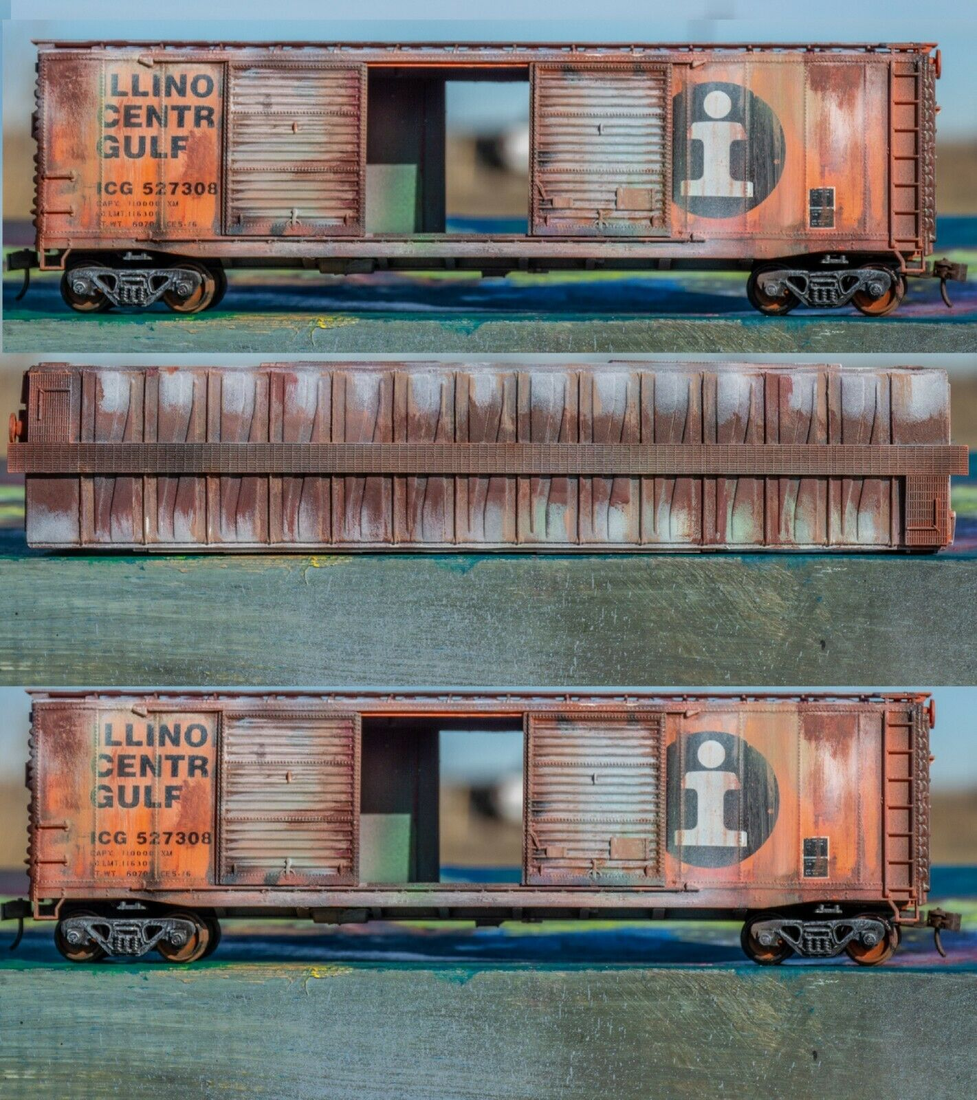 HO Scale Illinois Central Boxcar Weatherot ICBoxW