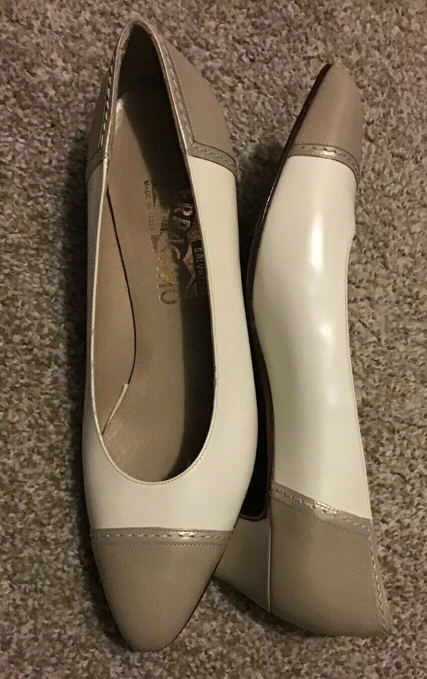 A NEW Pair Of Salvatore Ferragamo Women 8.5B, Two Tone. BEAUTIFUL   Don& 039;t Miss..