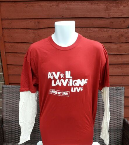 Avril lavigne  long sleeved shirt in Red with cream sleeves  size L