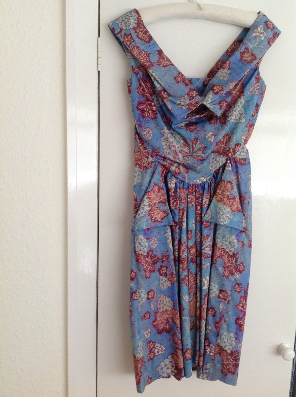 VIVIENNE WESTWOOD ANGLOMANIA dress floral print new with tags size 40 EUR36