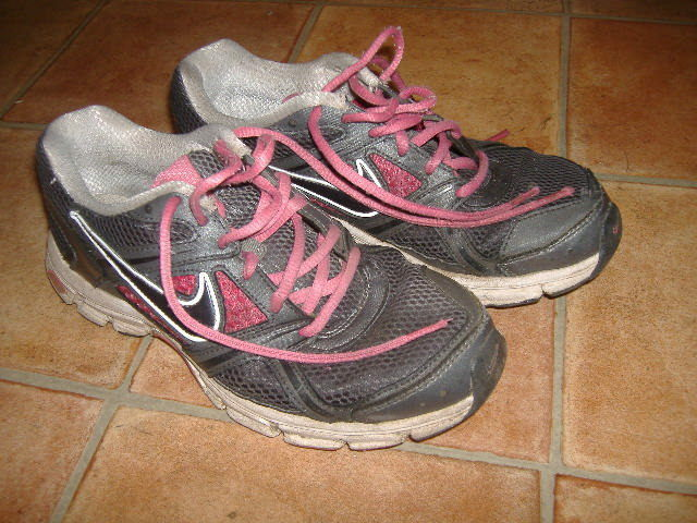 NIKE AIR RETALIATE LADIES TRAINERS,SIZE DESIGNER LADIES/GIRLS TRAINERS Cheap women's shoes women's shoes