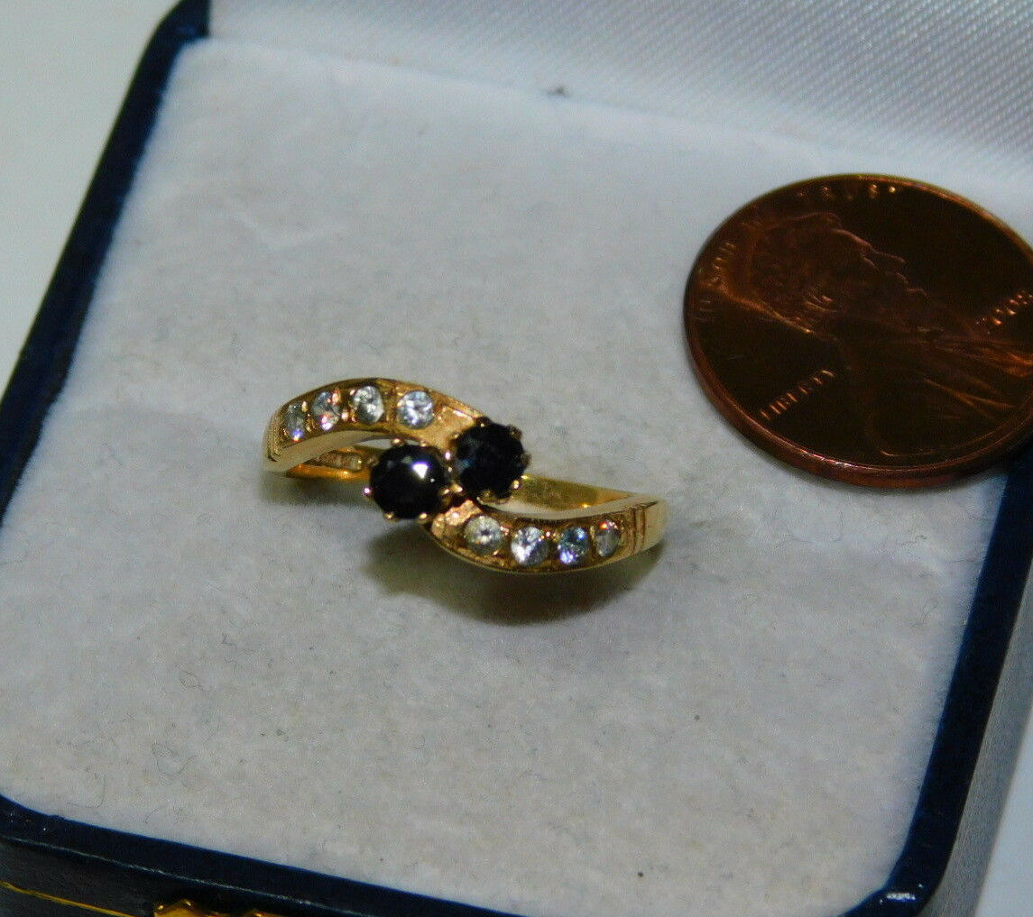 UK Hallmarked 375 9ct Y gold Sapphire Dia bypass sz 6  Ring 2.2 grams 10j 72