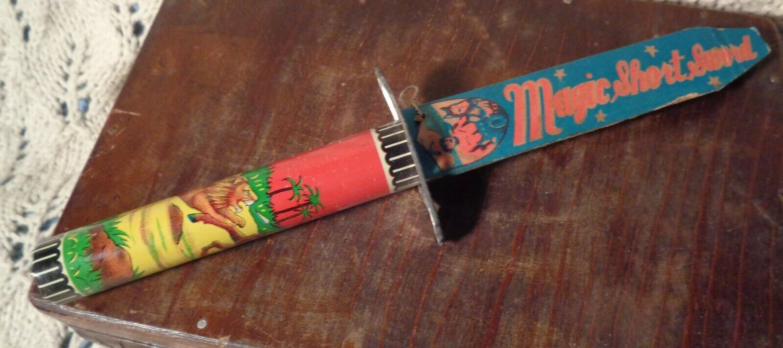 Vintage Vintage LITHOGRAPHED TIN Toy MAGIC SHORT SWORD Made in JAPAN