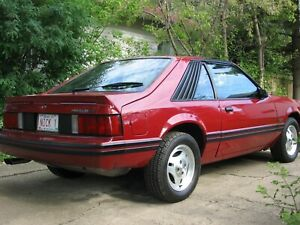 1982 Mustang GT - 340 hp 5 speed 5 litre - 50,000 kms