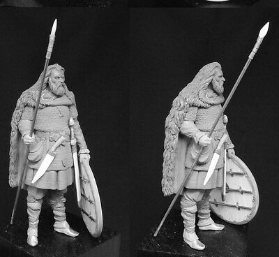 SK Miniatures Viking Warrior 75mm Unpainted Kit