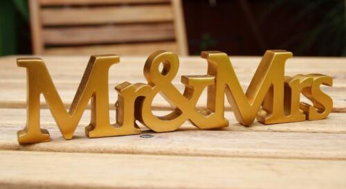 Mr and Mrs Wedding Plaque For Wall Hanging Or Mantel Display WG584