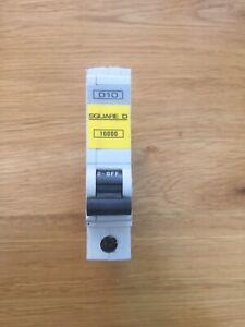 SQUARE D 16 AMP TYPE C 10 kA TRIPLE POLE MCB CIRCUIT BREAKER QOE QO316EC10