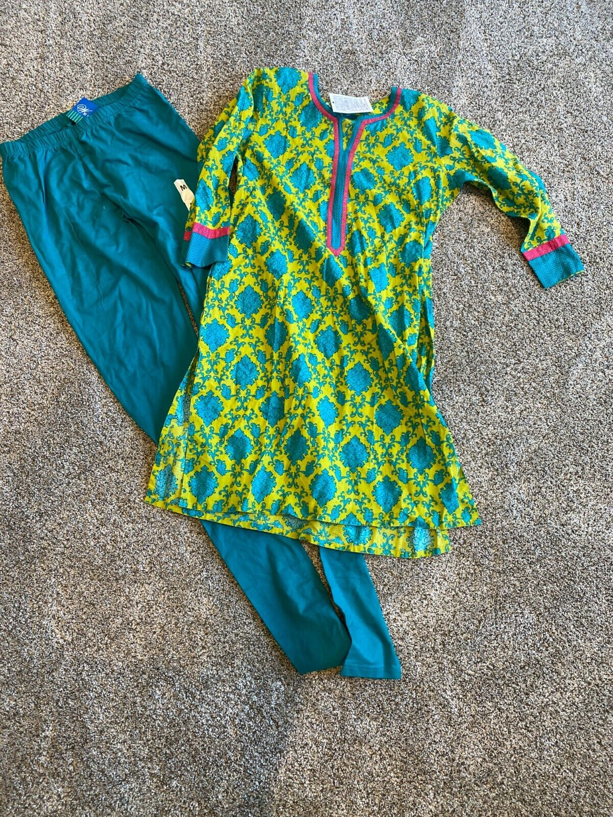 Green Kurta with matching leggings (churidar). New with tags from Westside.