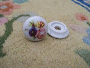PORCELAIN-FLORAL-DRAW-KNOB-WITH-BACKING-PLATE