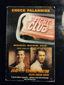 SIGNED AUTOGRAPHED Fight Club by Chuck Palahniuk.  Paperback.  1997.