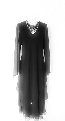 New CATTIVA Size 10 Black Lined Layered Chiffon Ladies Designer Formal Dress LBD