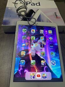 """Apple iPad Air (1ère génération) 9,7"""" 16 Go Wi-Fi Tablette - Gris"""