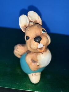 Pepiware Squirrel Nipper Sitting English Chalkware Figurine Vintage 1970's