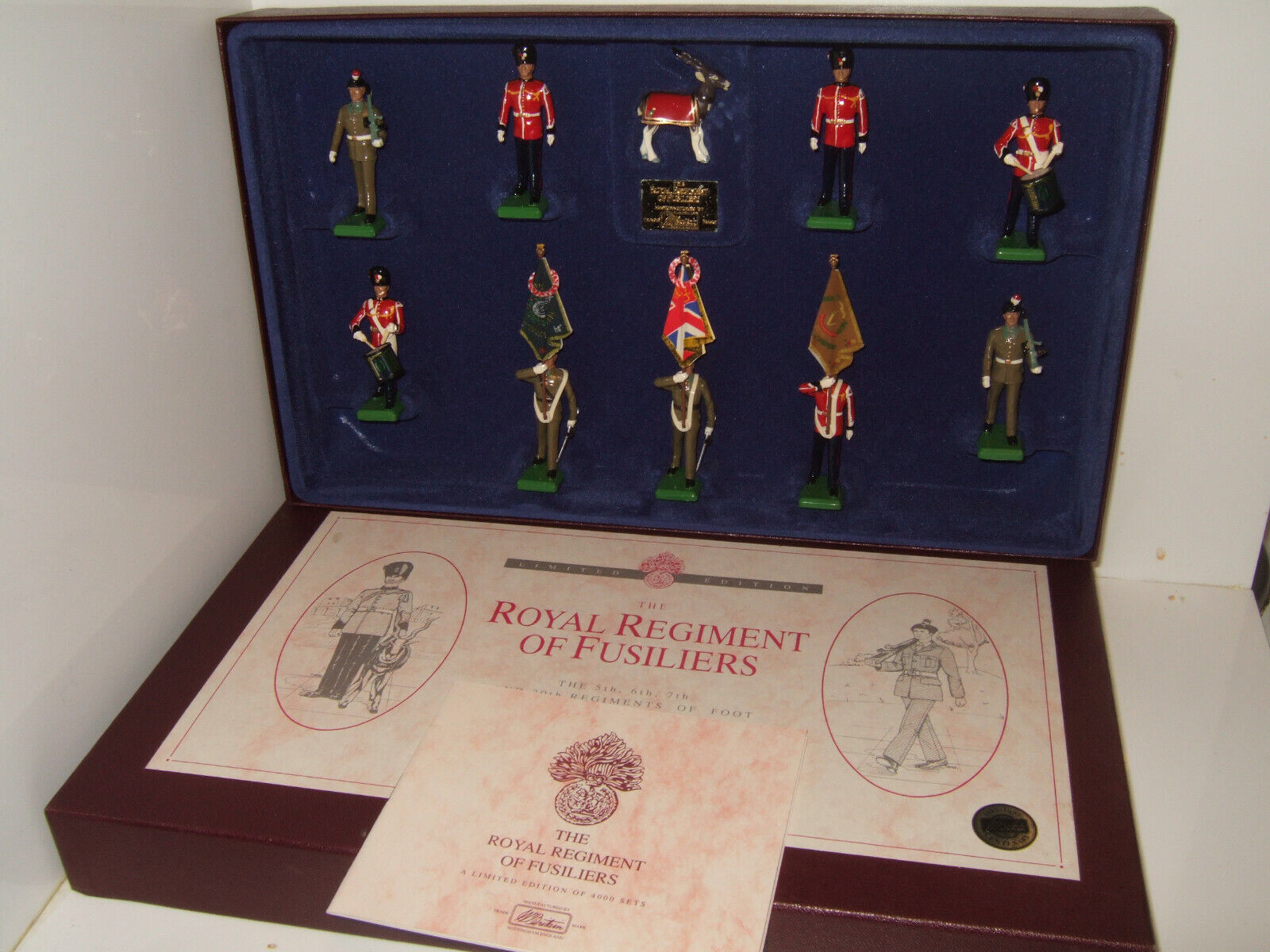 Ltd Britains Set 5193, The Royal Regiment of Fusiliers 10 Piece in Fitted Box.