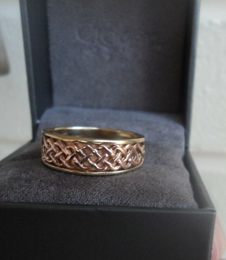 Welsh 9ct Clogau gold Celtic Lady Guinevere Ring - size M   N