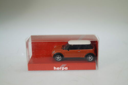 1:87 Herpa 023023 New Mini rot neu
