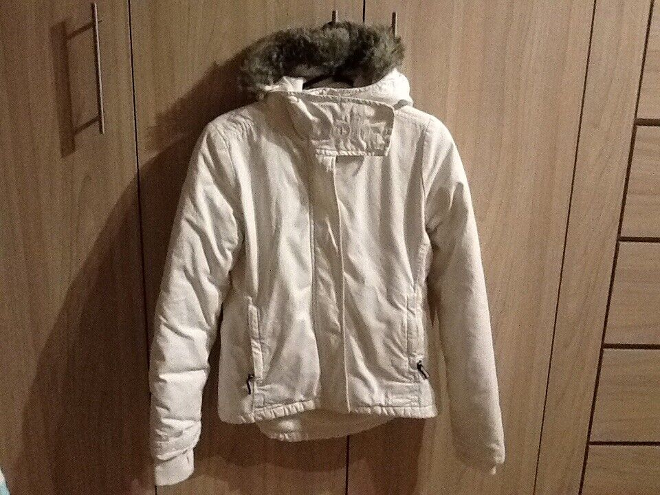 Womens BENCH coat  size 8 off white colour