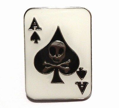 Ace of Spades Skull /& Crossbones Death Biker Rocker Motorcycle Enamel Badge NEW