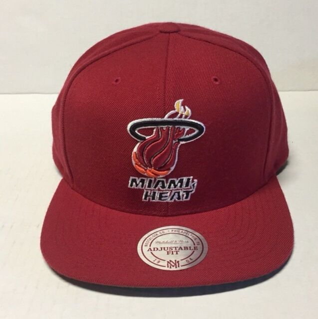 d7c4abd47 NBA Mitchell Ness Nz979 Wool Solid Retro Miami Heat Snapback Adjustable Hat  Cap