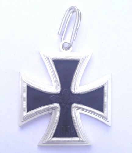 GERMAN ARMY KNIGHTS CROSS OF THE IRON CROSS with oakleaves and Swords 1957 issue