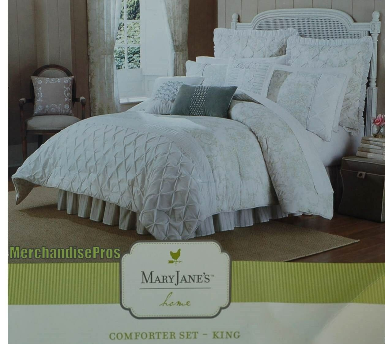 4 PC MARY JANE'S HOME FLORAL COMFORTER SET KING 108x96   400 MSRP  NEW