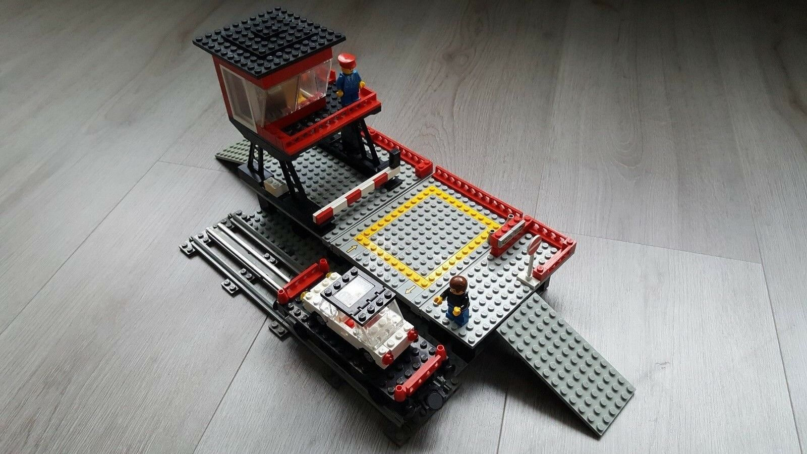Lego 12V Volt Train Set 7839 Car Transport Depot