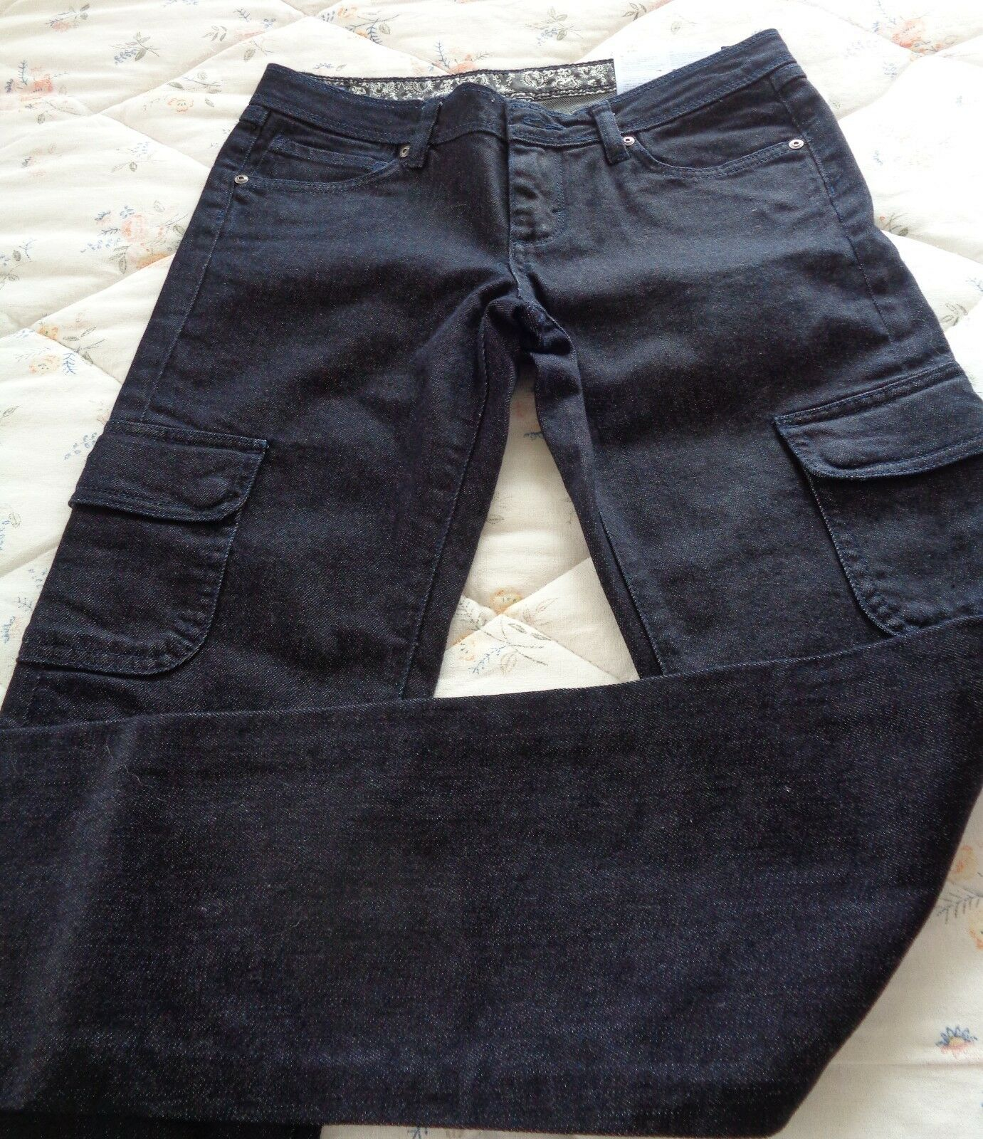 Patagonia Women's Low-Rise Cargo Jeans Size 27 4 Inseam 32  Organic Cotton