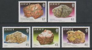 Jersey-2010-Petrology-Ensemble-MNH-Sg-1490-4