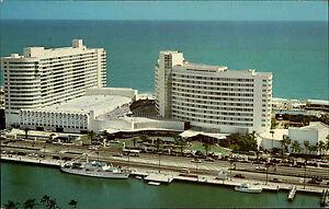 Miami-Beach-Florida-USA-Amerika-1960-70-Blick-auf-das-Hotel-Fontainebleau