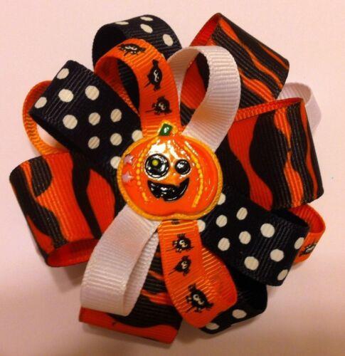 """Girls Hair Bow 3 1//2/"""" Wide Flower Halloween Pumpkin Grosgrain Alligator Clip"""
