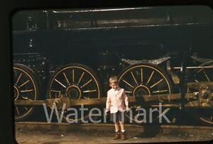 1950s-red-border-Kodachrome-Photo-slide-Pennyslvania-exhibition-railroad-train-3