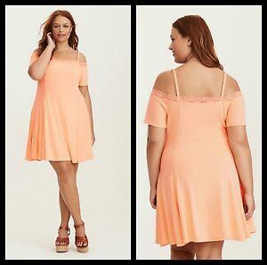 Torrid Women\'s Plus Size 2 2X Peach Lace Trim Cold Shoulder Fluted ...