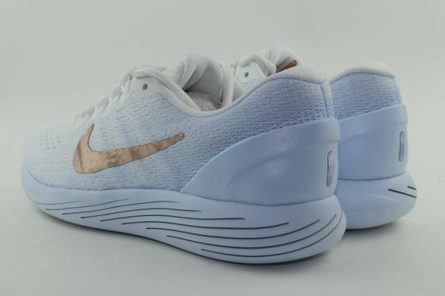NIKE LUNARGLIDE 9 X-PLORE WOMAN SIZE 11.0 SUMMIT WHITE NEW NEW NEW RUNNING COMFORT 42a935