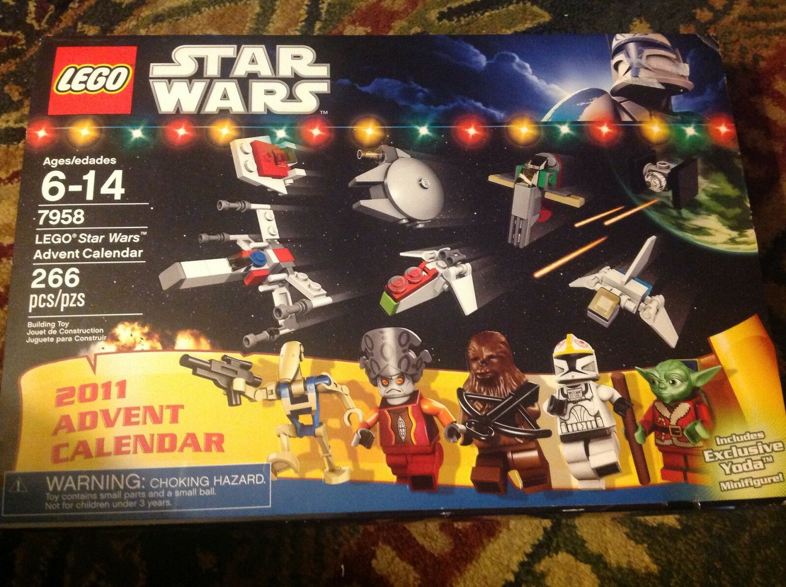 Nuovo in box Lego Star Wars Advent Calendar, 7958.  Complete, figures unopened