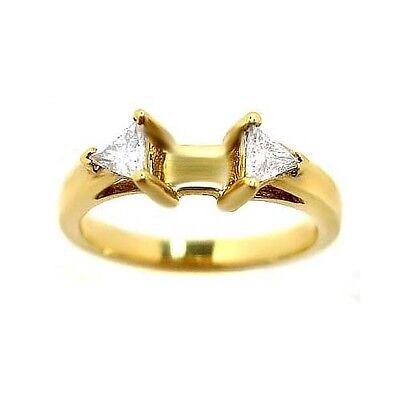 0.25 TRILLION CUT PRE-SET 3 STONE DIAMOND RING MOUNTING