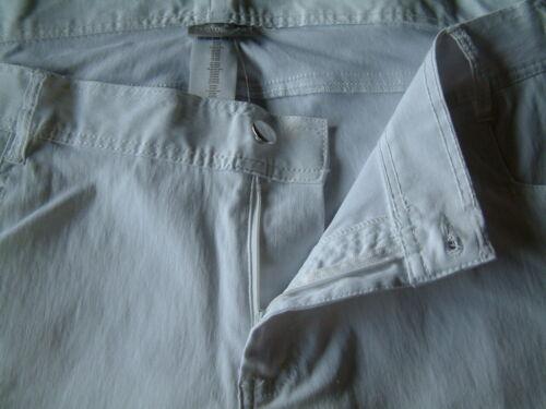 Janina kurze Stretch Hose Short für die Frau mit Kurven weiß Größe 54-56 NEU
