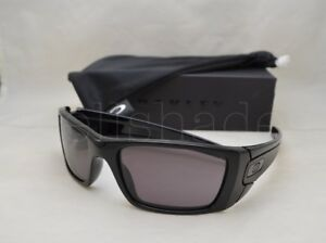 338ccbac9 Oakley FUEL CELL (OO9096-01 60) Polished Black with Warm Gray Lens ...
