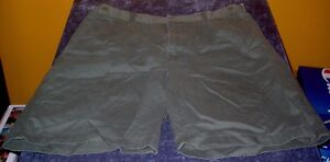 Cherokee Khaki Green Shorts Mens size 34 Free USA Shipping!