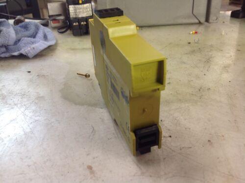 Warranty Used Pilz PZE X4P ID# 777585 24VDC 4n//o Safety Relay