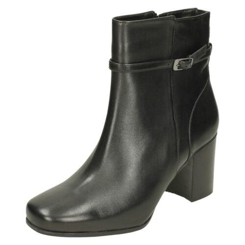Clarks Ladies Ankle Boots Kensett Diana Black