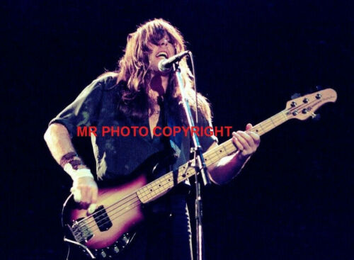 AC//DC  CLIFF WILLIAMS  ANGUS YOUNG 5x7 inch  original photo s 4x6