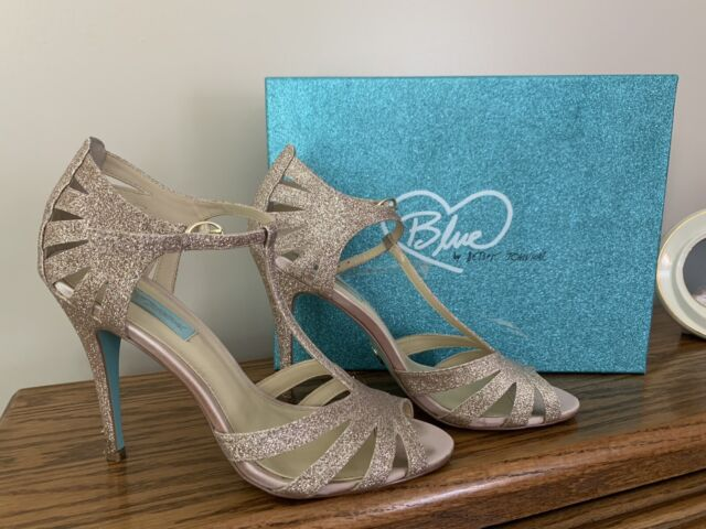 Blue by Betsey Johnson Stela Champagne