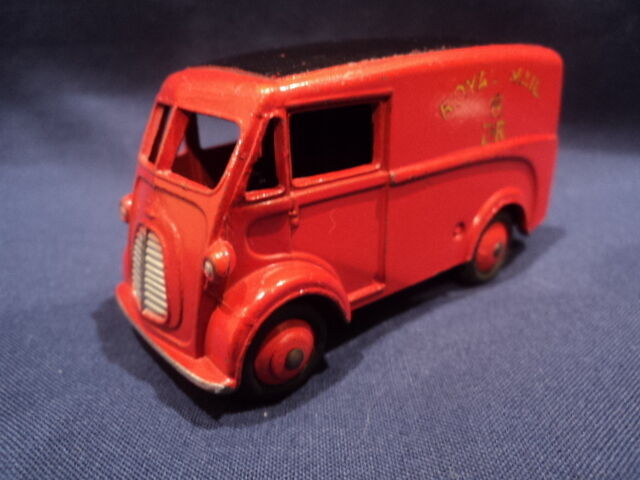 Dinky 1950's Morris  Royal Mail  Delivery Van No  260 Ex